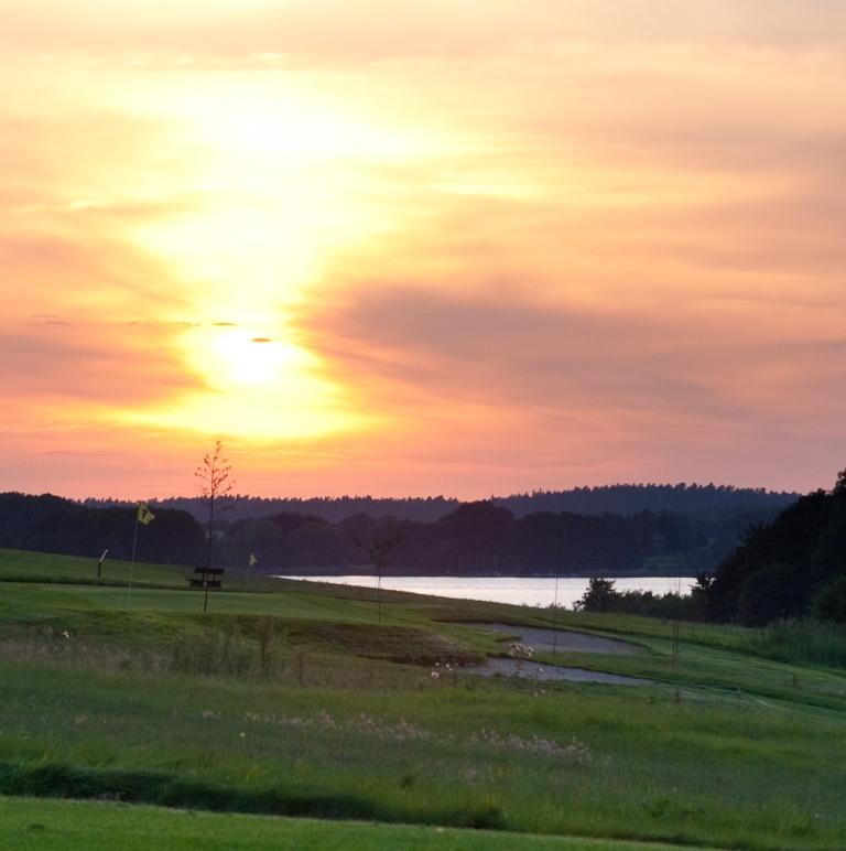 Bildergalerie 15. Sunset Golf Serrahn