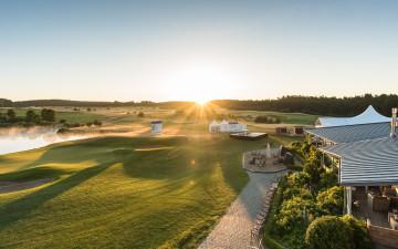 Hochklassiger Golfsport am zweiten Tag – Linhart übernimmt Führung