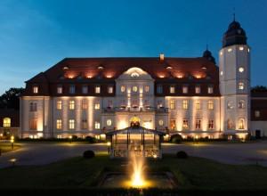Hochwertigen Tonnentaschenfederkern-Matratzen mit zusätzlichen Toppern ab sofort im Radisson Blu Resort Schloss Fleesensee